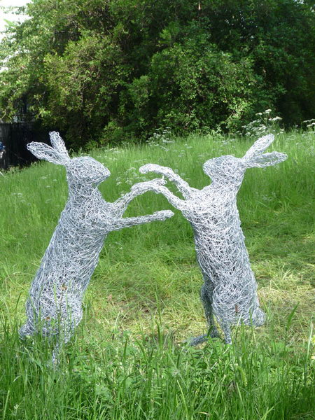 11. Wire boxing hares at Chelsea Flower Show 2013