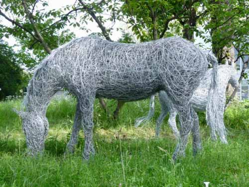 7. Grazing steel wire horse sculpture at Chelsea Flower Show
