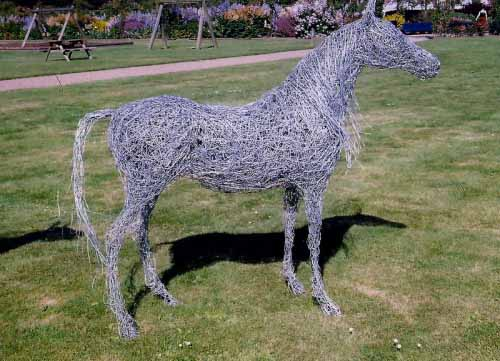 40. Fine wire horse at the castle gardens, 2004