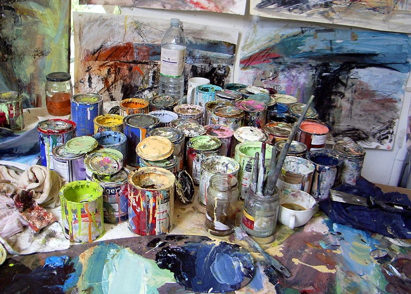 29. In the studio-painting the M74 construction (Photograph)