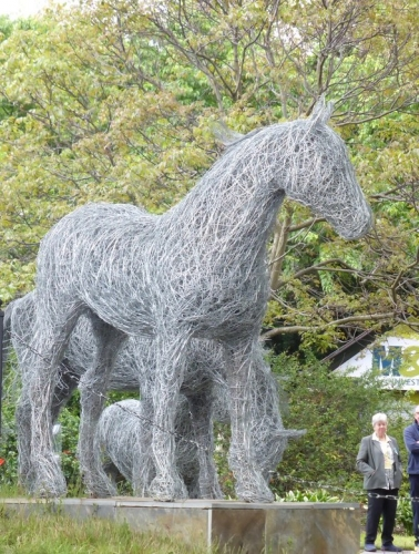 48. Trojan horse , wire horse sculpture