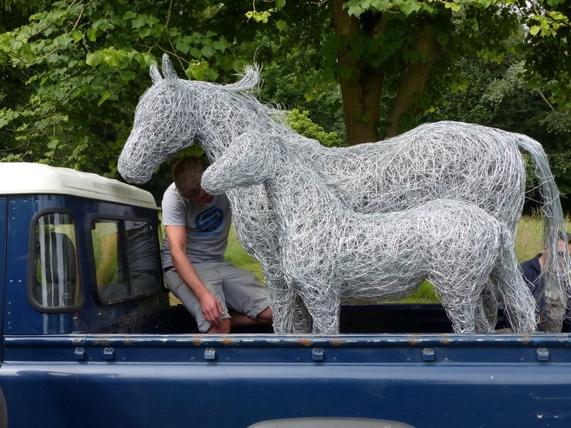 51. Installation day , Wire mare and foal sculptures